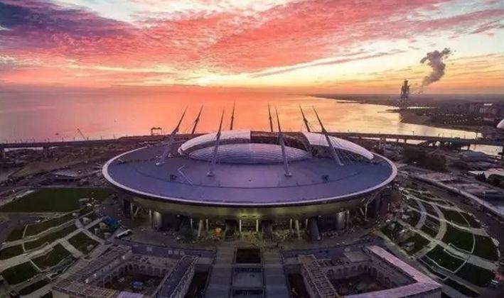 世界杯开幕前夕 欣赏下12座球场夜景华蓥